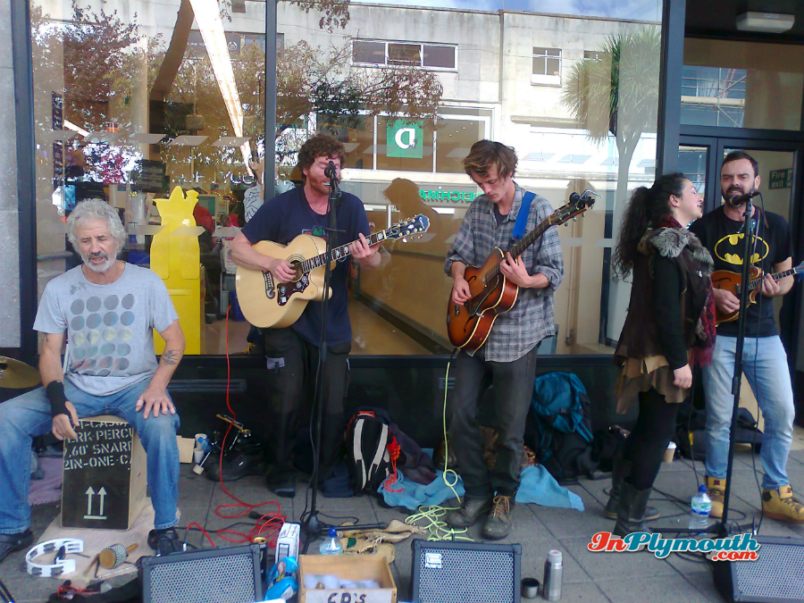 Buskers 2015