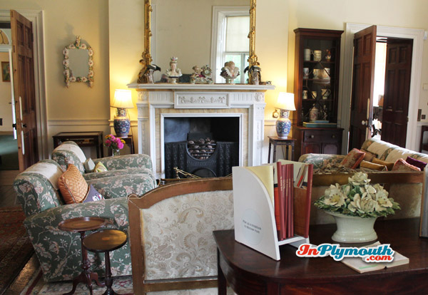 living room - InPlymouth